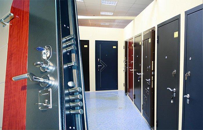 класс металлические двери